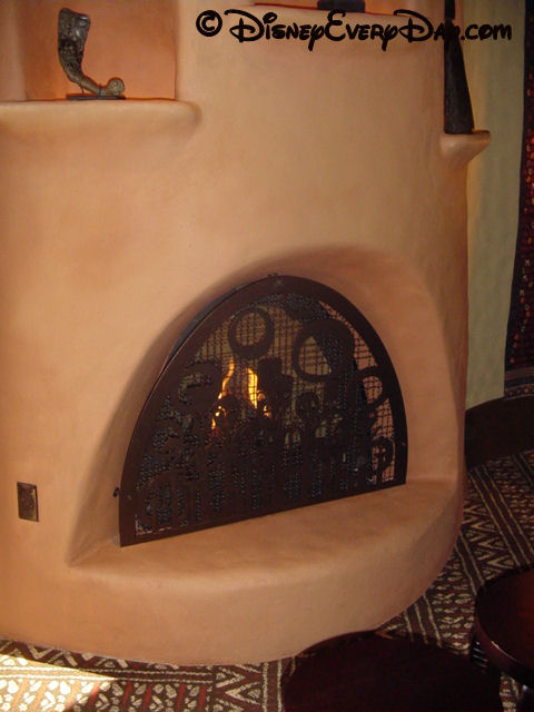 kidani-village-fireplace