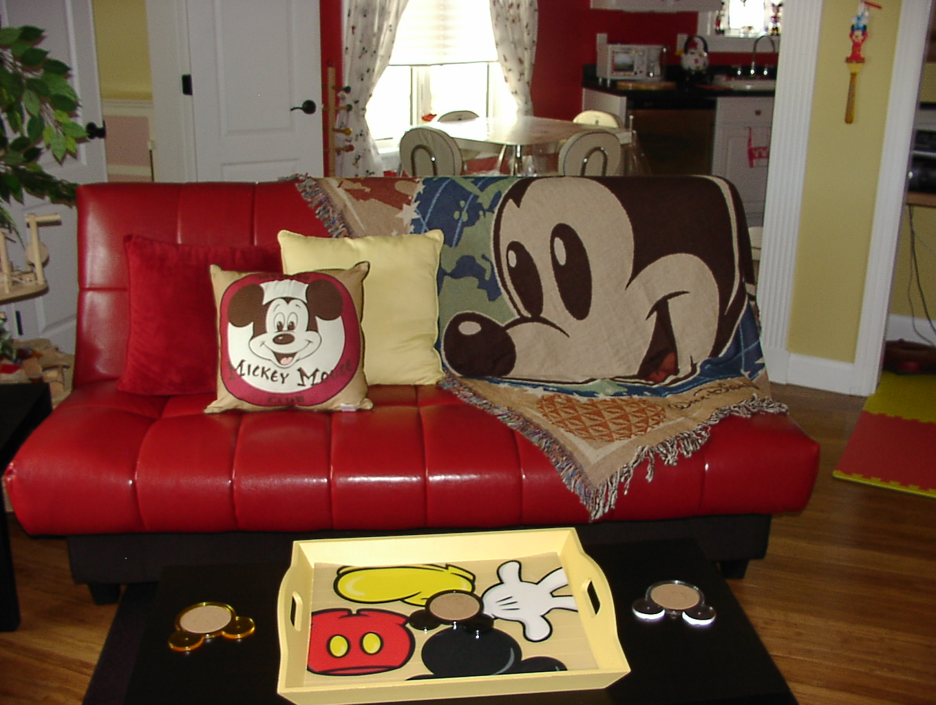 Mouse House Guest Living Room