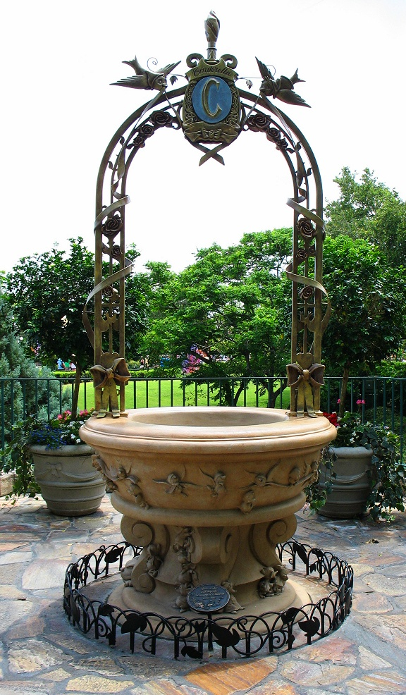 The Very First Disney Every Day Wishing Well