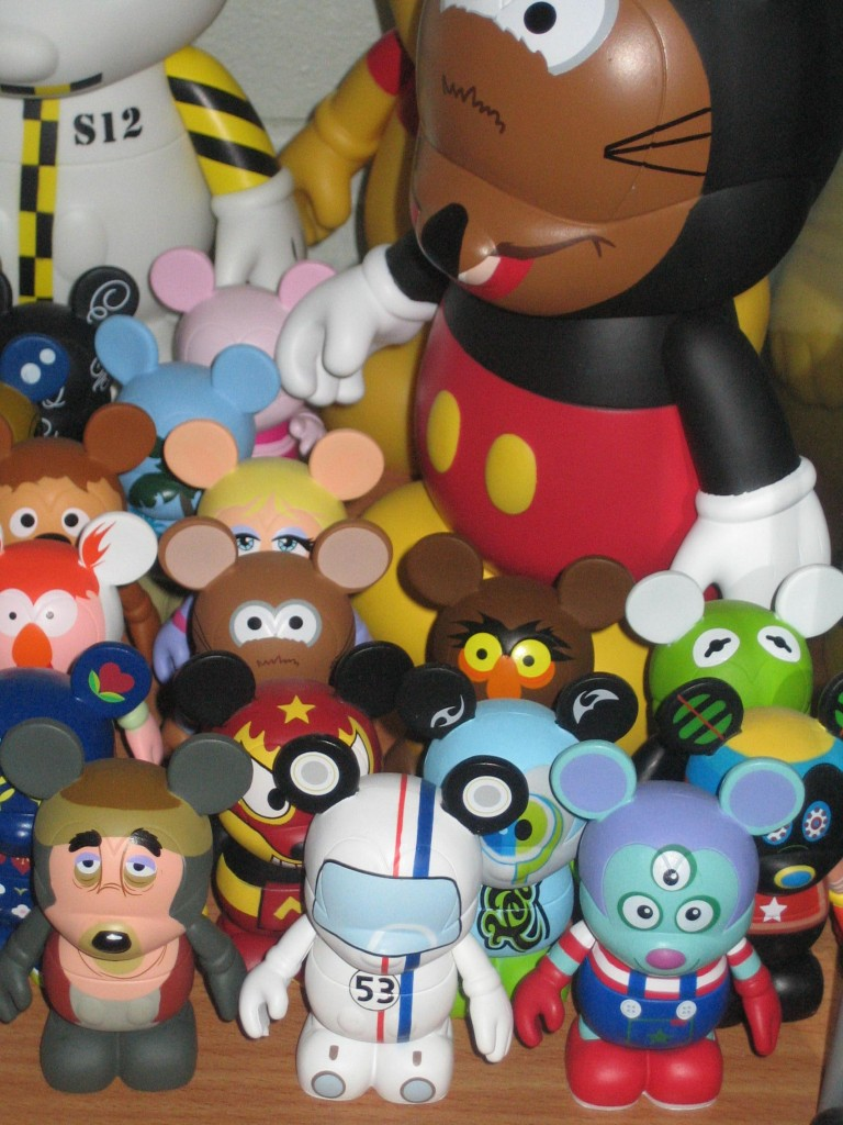 Disney Vinylmation A Look At One Disneyphile S