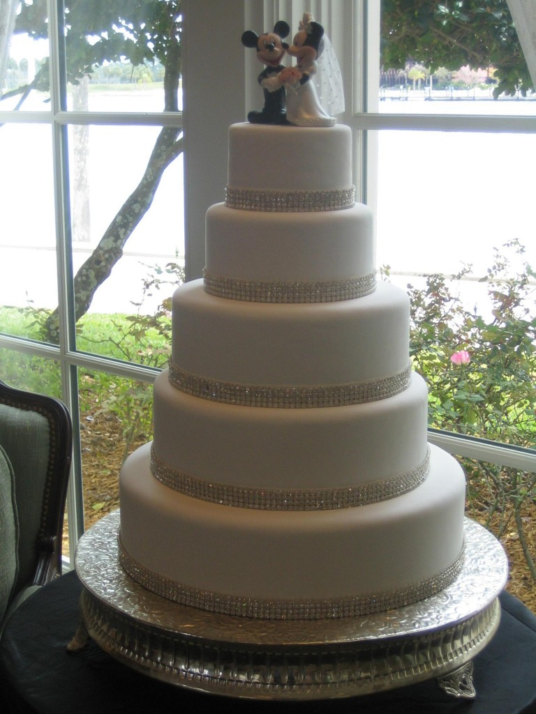 Silent Saturday – Diamond Disney Dream Wedding Cake