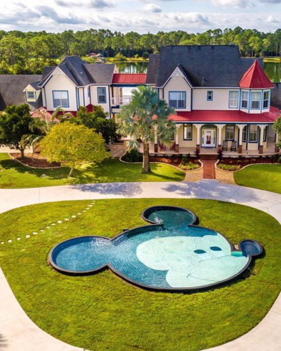 Disney Dream Home: Hidden Mickey Mouse Mansion In Palm Bay