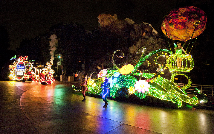 Ask a Disney Imagineer About the Main Street Electrical Parade for a Chance to Win