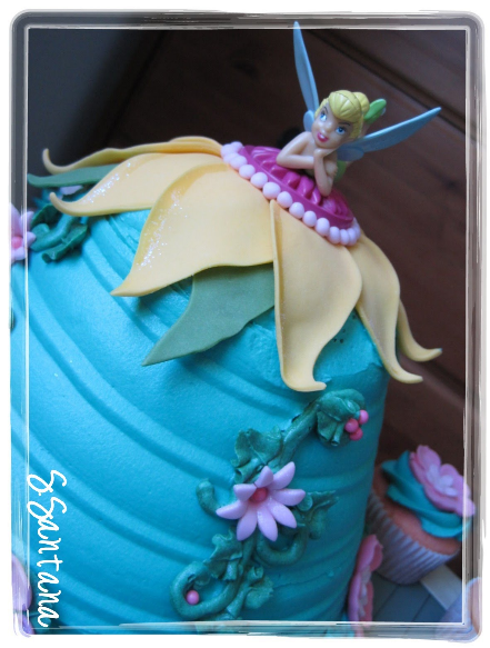 Assembly of an Amazing Tinker Bell Birthday Cake and Cupcakes