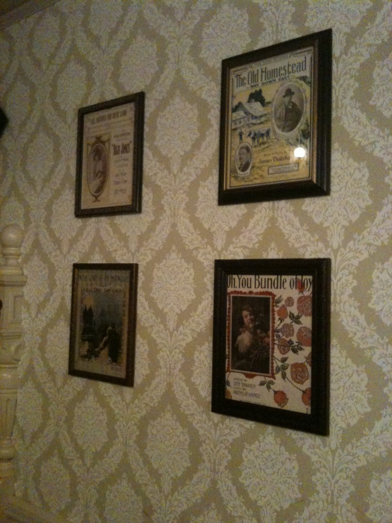 The Diamond Horseshoe Wall Art