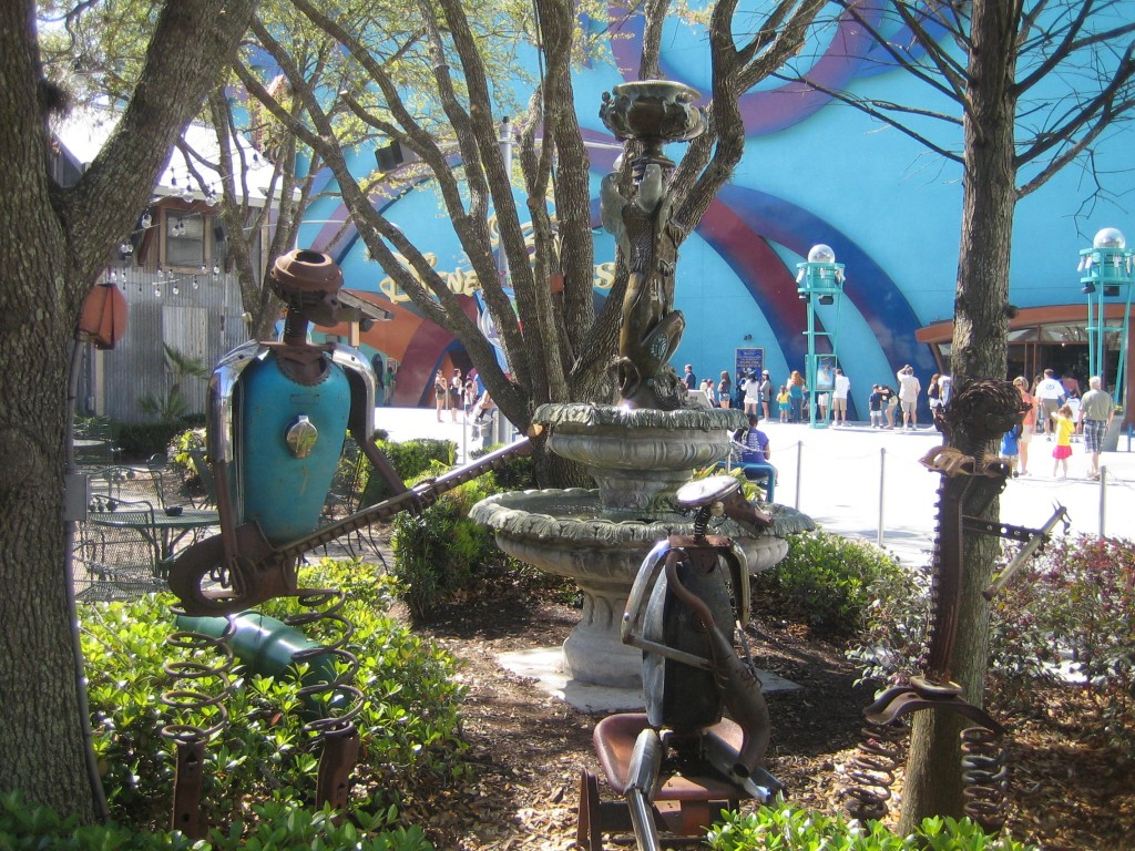 House of Blues Sculptures and Fountains