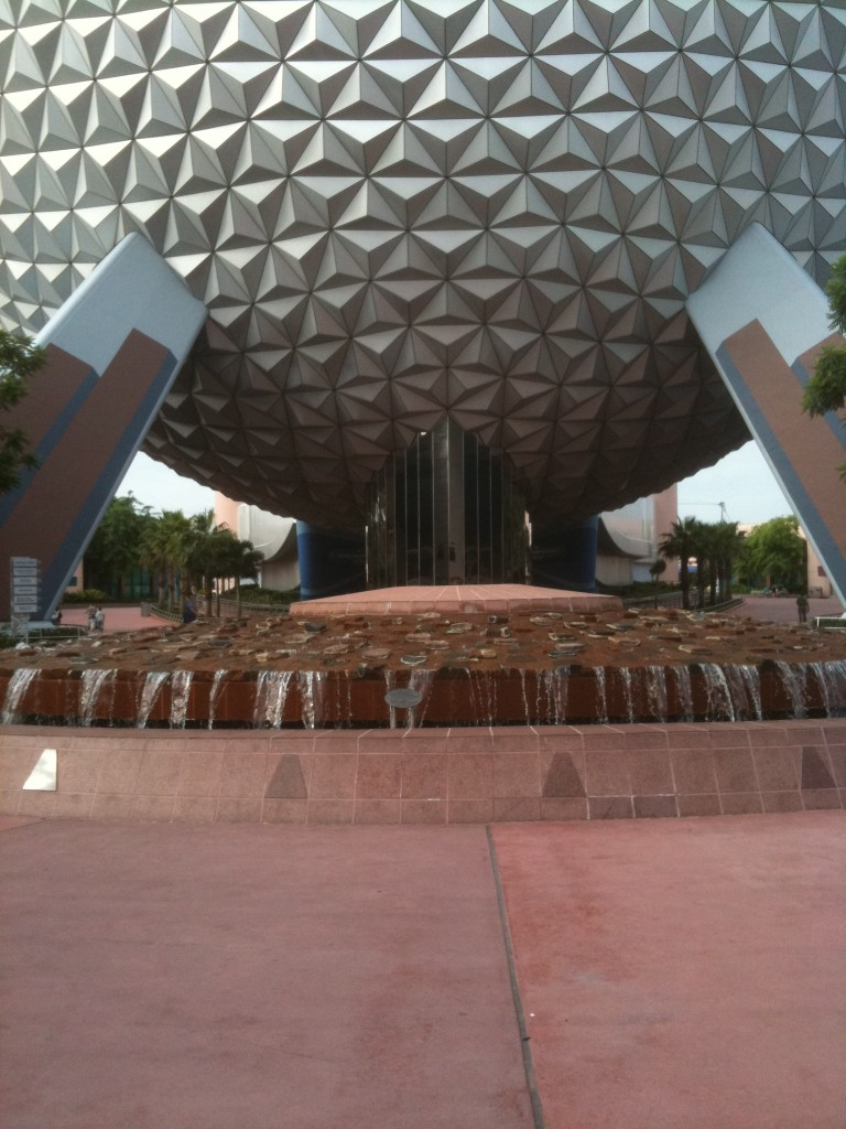 Spaceship Earth and Fountain at Epcot