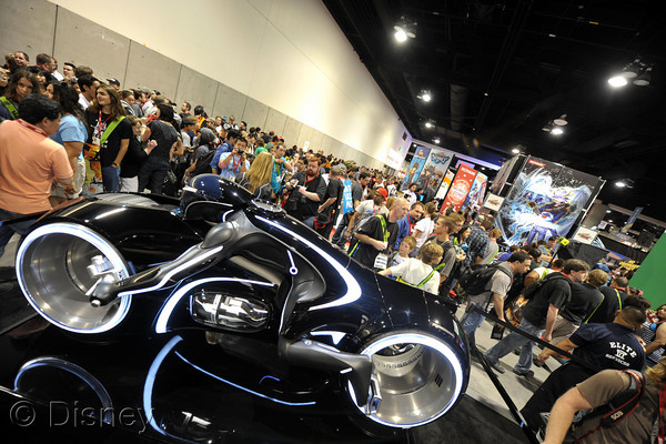 "SAN DIEGO - JULY 23: A general view of the atmosphere at Disney's ""Tron: Legacy"" booth during Comic-Con 2010 at San Diego Convention Center on July 23, 2010 in San Diego, California. (Photo by John Shearer/Getty Images for Disney)"