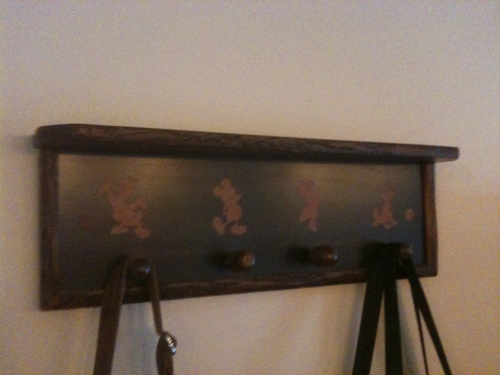 Wilderness Lodge Room Accent