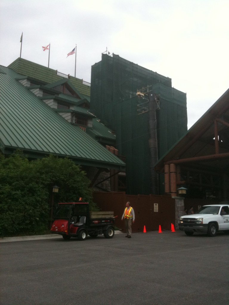 Disney's Wilderness Lodge Tour Including Whispering Canyon Cafe and Buttons and Bells Arcade