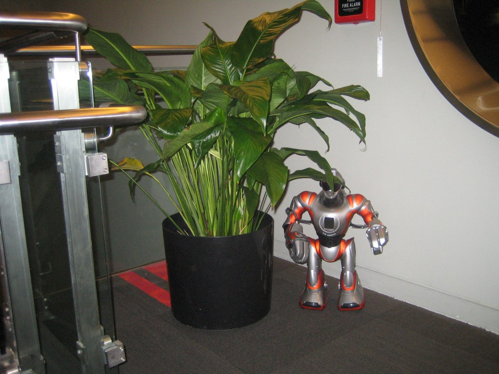 Mission Space HP Lounge HP Robot