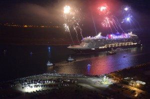 Video of the Disney Dream Cruise Ship Sailing into Port Canaveral