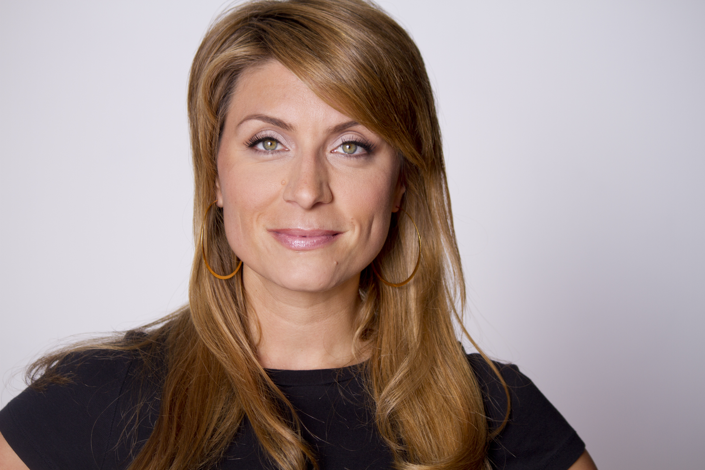 Hgtv celebrity lineup for the 2011 epcot international for Genevieve gorder