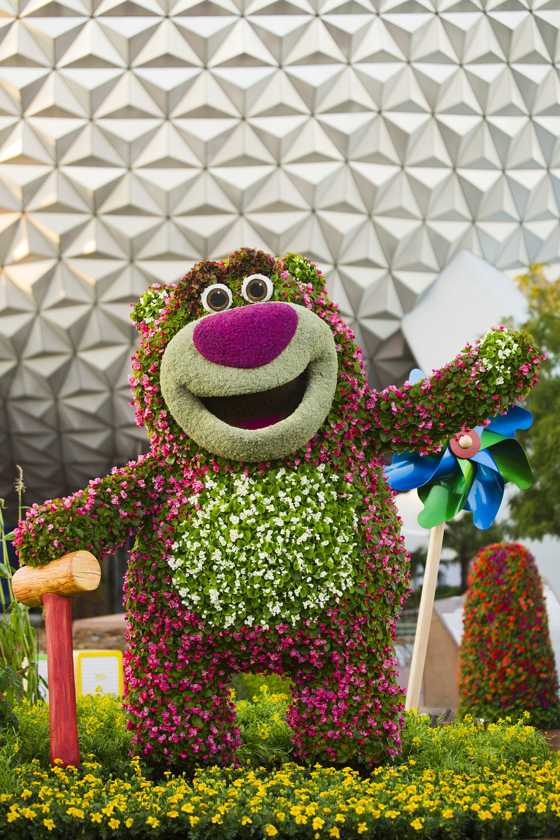 Lotso and Lightning McQueen Finally Installed at the Epcot Flower and Garden Festival