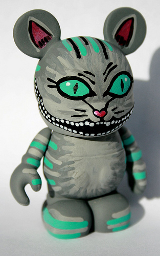 "Cheshire Cat Vinylmation via eBay Member ""eojcollector"""