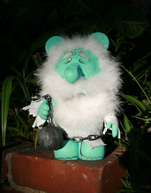 "Hitchhiking Ghost Gus Vinylmation via eBay Member ""eojcollector"""