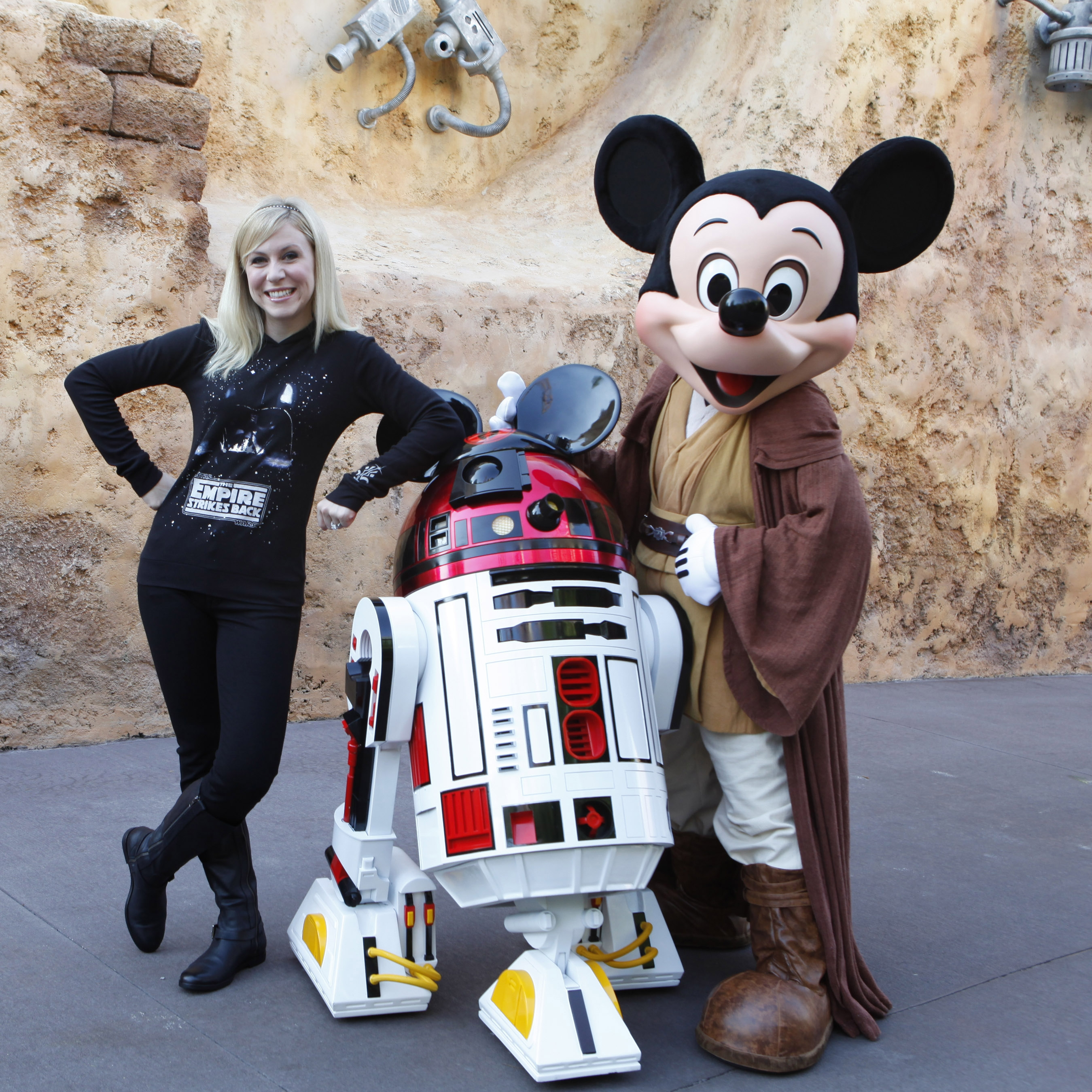 Wordless Wednesday Mickey Mouse: Wordless Wednesday – Happy Star Wars Day