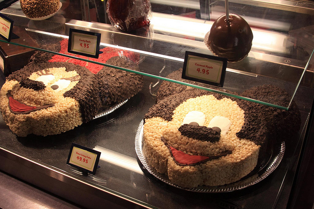 GIANT Disney Rice Krispie Treat Mickey and Minnie Mouse Cakes