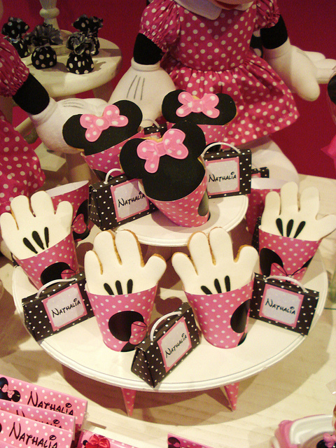 Minnie Mouse Birthday Party Cookies
