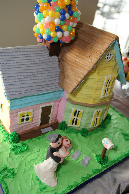 Disney UP Wedding Cake House