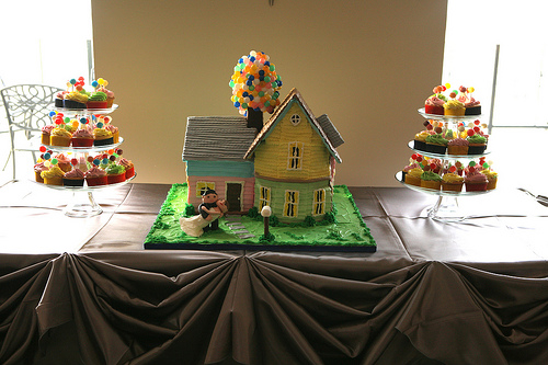 Disney UP Wedding Cake and Cupcakes