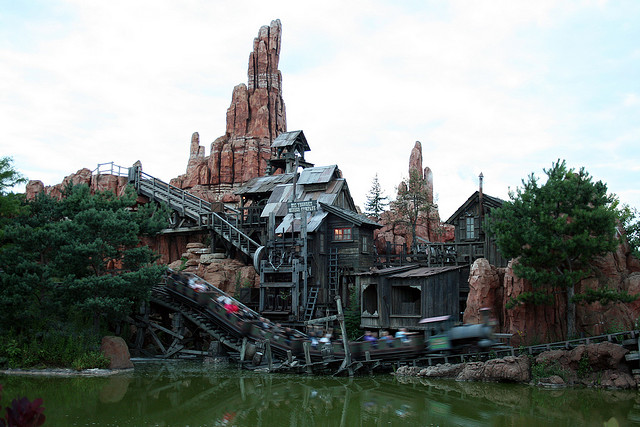 Explore the Wild West in Frontierland at Disneyland Resort Paris