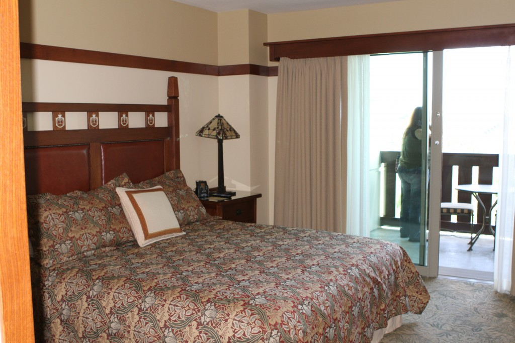 Disney Grand Californian Grand Villa master bedroom