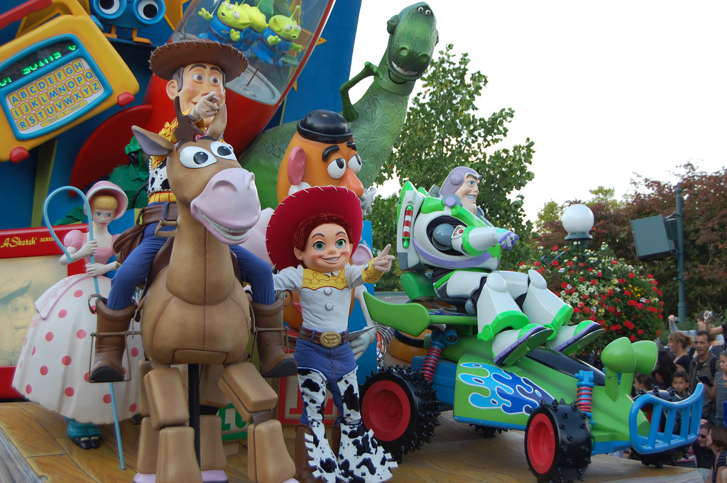 Going to Disneyland Paris? Top 5 Disney Films to Watch Before You Go