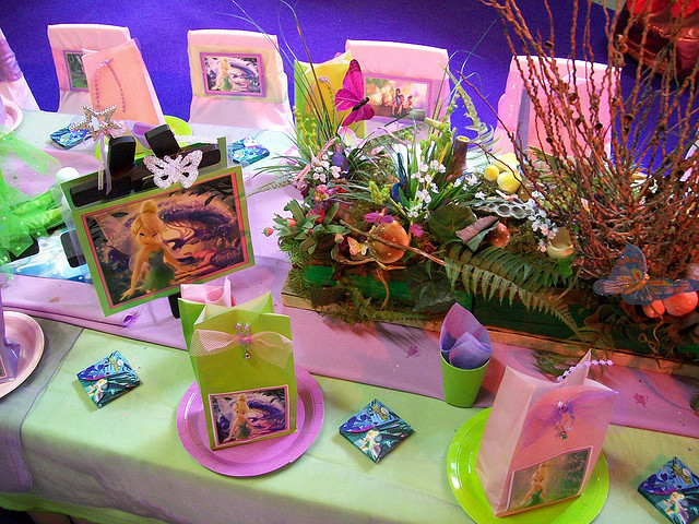 Tinkerbell Birthday Party Table Idea Pixie Hollow Place Setting