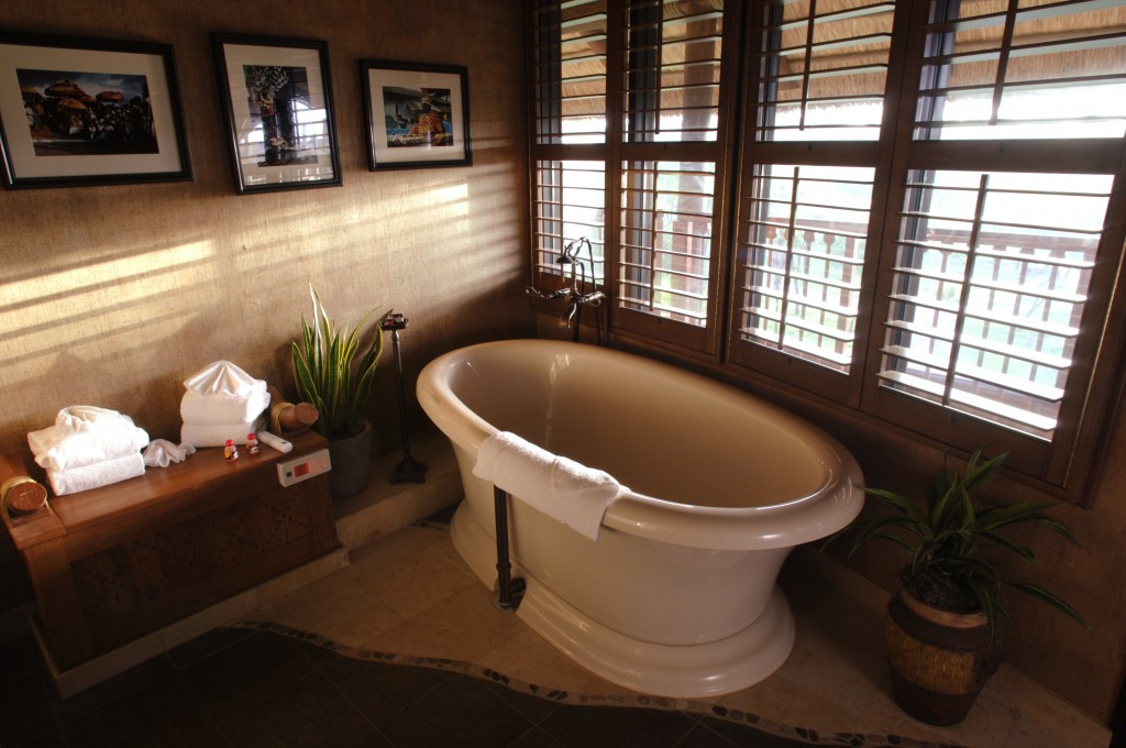 Animal Kingdom Lodge Presidential Suite Bathtub