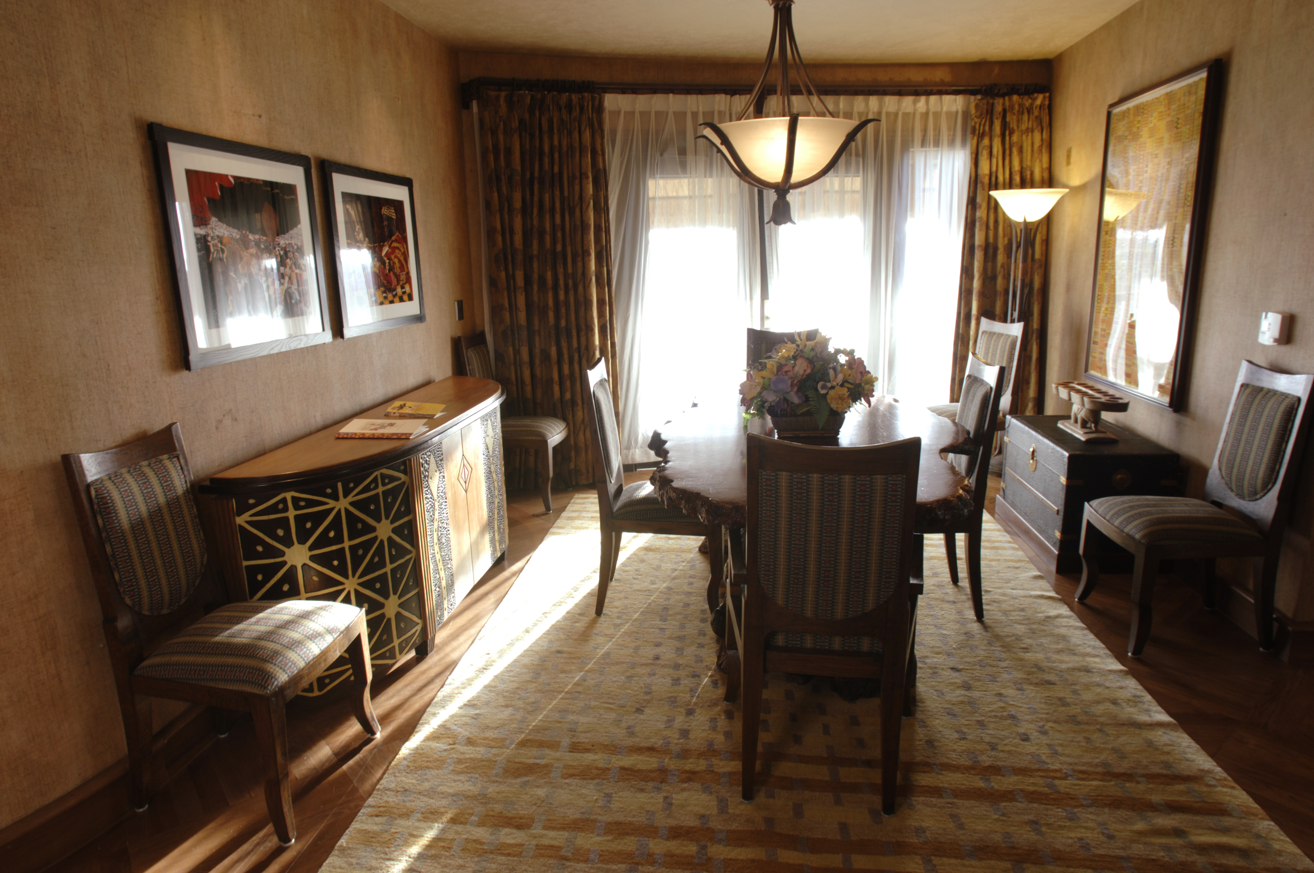 Photos Inside The Presidential Suite At Disney S Animal