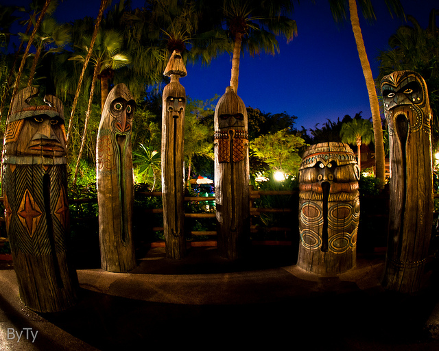 Magic Kingdom's Adventureland Liki Tikis at Night