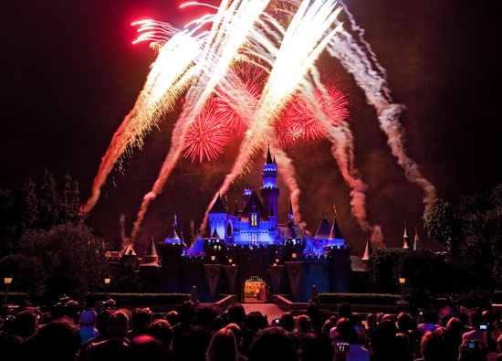 2012 Fourth of July Weekend Schedule at Disneyland Resort