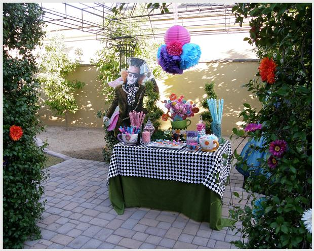 Disney Alice In Wonderland Party Dessert Table And Candy