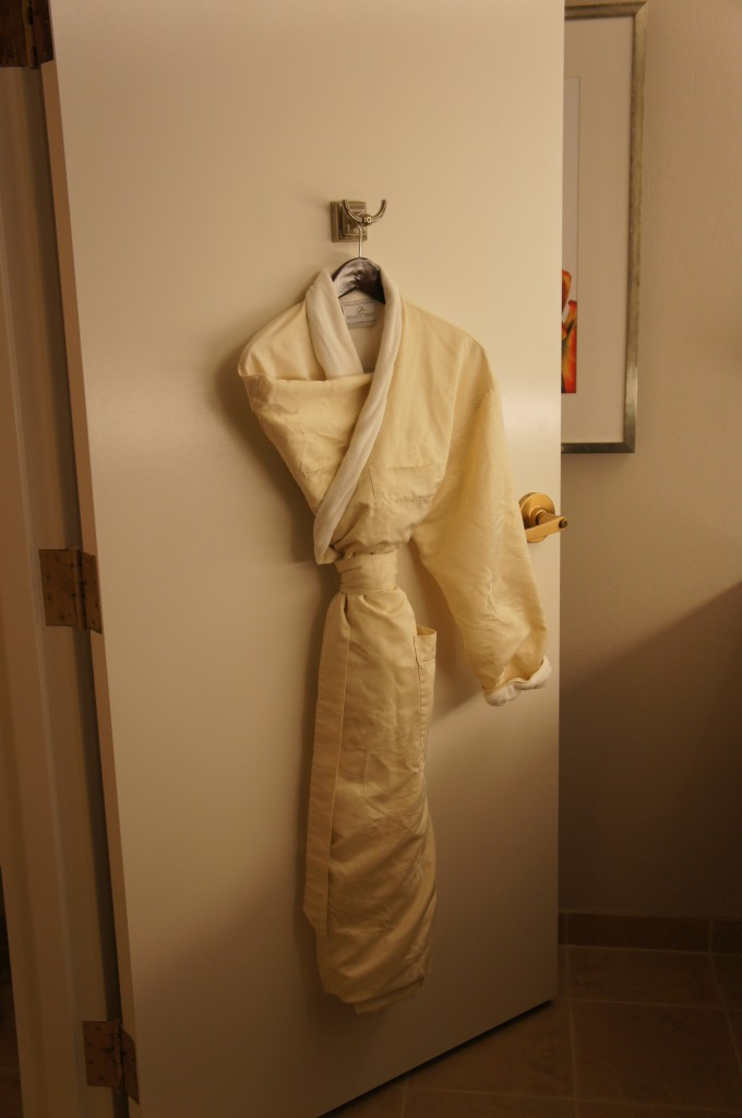 Gaylord Palms Orlando St Augustine Room Tour robe