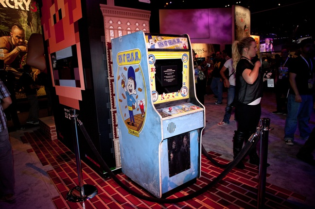 Fake wreck it ralph arcade game disney