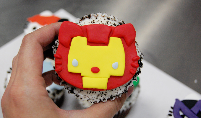 Iron Man Hello Kitty Avengers Cupcake