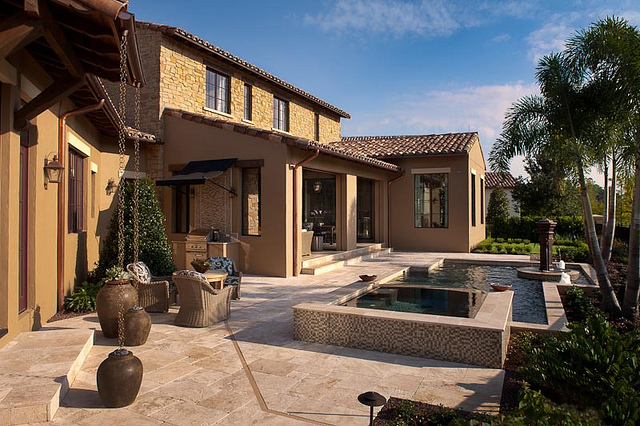 Issa Homes Golden Oak Casa di Lusso Model Home - Pool and Spa