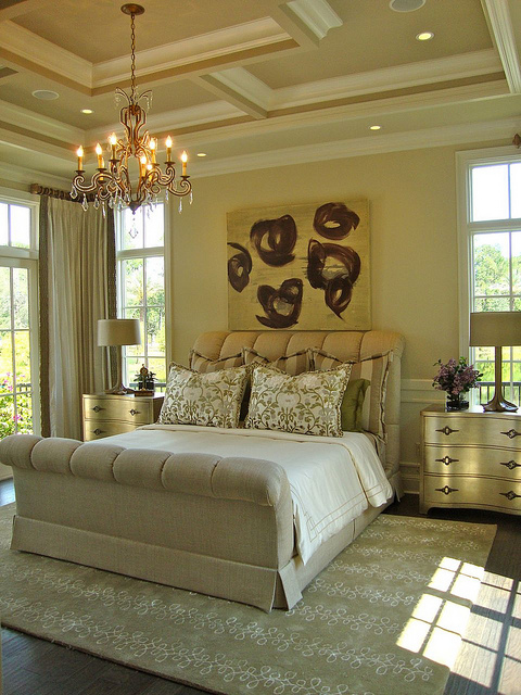 Issa Homes Golden Oak Casa di Lusso Model Home - bedroom