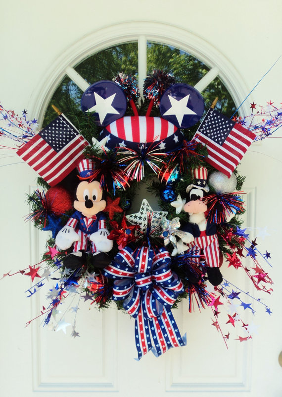 Patriotic Disney Wreath with Mickey Mouse and Goofy