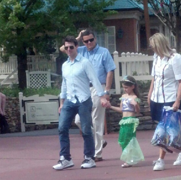 Tom Cruise and Suri at Walt Disney World