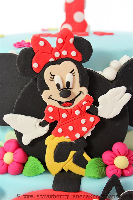 Disney Mickey Mouse Clubhouse Cake and Cupcakes Minnie