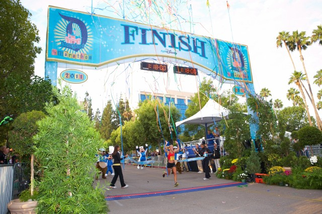 runDisney_DisneylandHalf2011-640x426