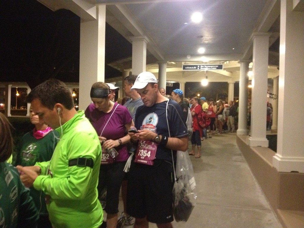 2012 wine dine half marathon disney boardwalk bus line