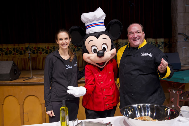 official runDisney nutritionist Tara Gidus chef mickey