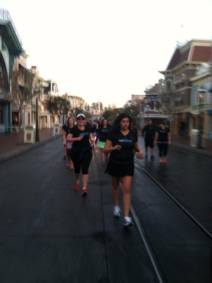 Amanda Tinney Main Street disneyland runDisney Tink Half meet Up