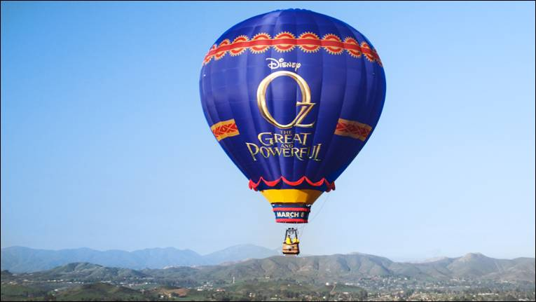 "Real Life ""OZ the Great and Powerful"" Hot Air Balloon Spotted Over California"
