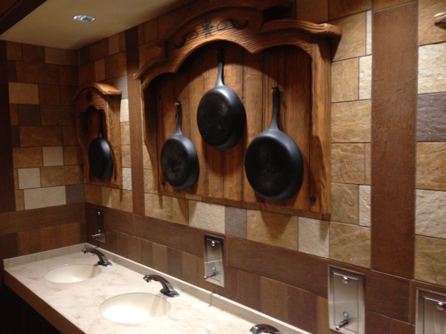 Tour Of The 8 Million New Fantasyland Tangled Bathroom In Disney S Magic K