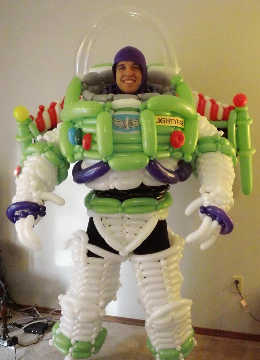 Buzz Lightyear Costume Made Entirely Out Of Balloons