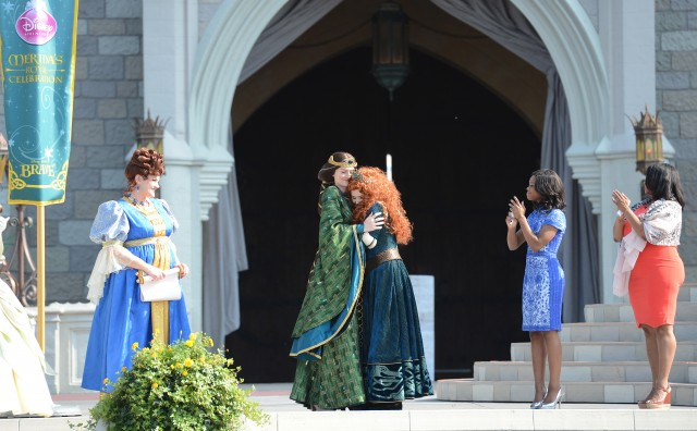 Disney Princess Magic Kingdom Castle Queen Elinor merida Gabby Douglas